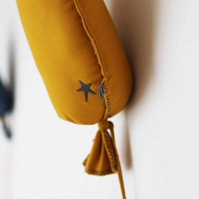 Picca Loulou balloon ochre close up